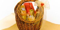 Give a Sweet or Savoury Food Basket This Year