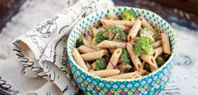 Meatless Monday: Coconutty Almond and Broccoli Pasta