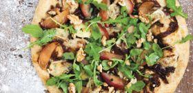 Meatless Monday: 3 Vegetarian Pizzas