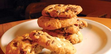Organic White Chocolate-Chip and Sun-Dried Cranberry Cookies