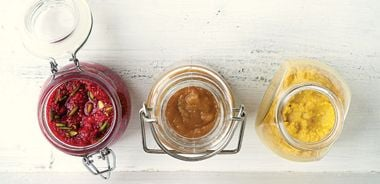Star spreads: Raspberry Pistachio Jam / Pear Butter / Honey Mustard