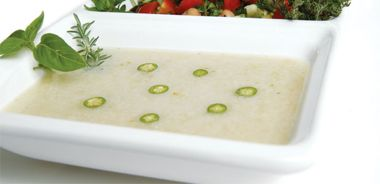 Creamy White Bean Soup Seasoned with Green Chillies