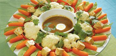 Indonesian Garden Salad with Peanut Satay Sauce