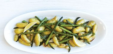 Garlicky Roasted Asparagus and Fingerlings