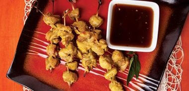 Chicken Satay with Sweet and Sour Dipping Sauce