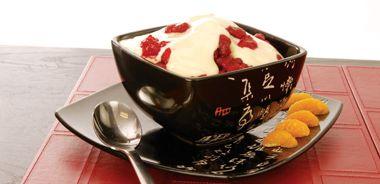 Raspberries with Orange-Flavoured Cream