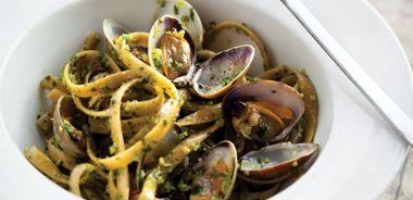 Spicy Cilantro Pesto Pasta with Clams