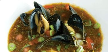 Sweet and Sour Tomato Mussel Soup