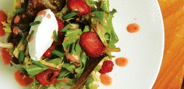 Organic Mixed Green Salad with Strawberries, Goat Cheese, and Hazelnuts