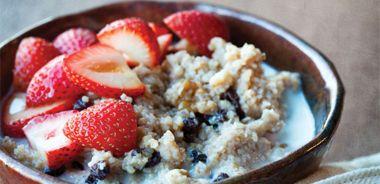 Maple Strawberry Bulgur Porridge