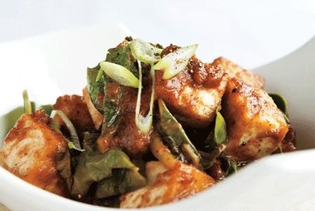 Meatless Monday: Stir-Fried Turnip Greens and Tofu