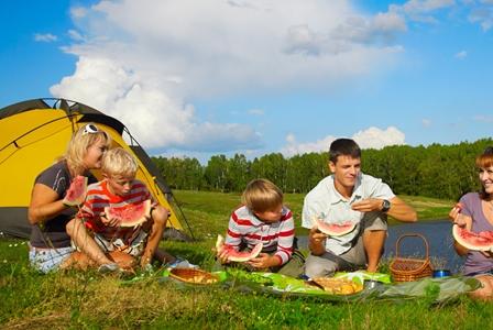 4 Ways to Celebrate Family Fun Month!