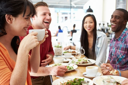 8 Healthy Tips for Dining Out