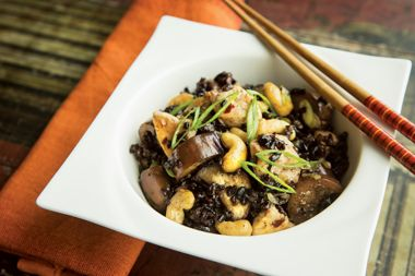 Fried Black Rice with Chicken and Cashews