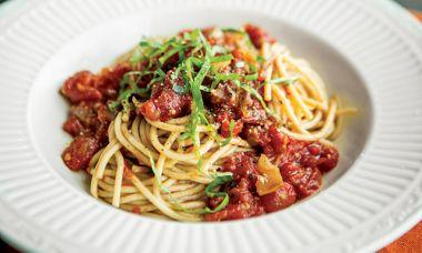 Spelt Pasta with Oven-Roasted Tomato Sauce