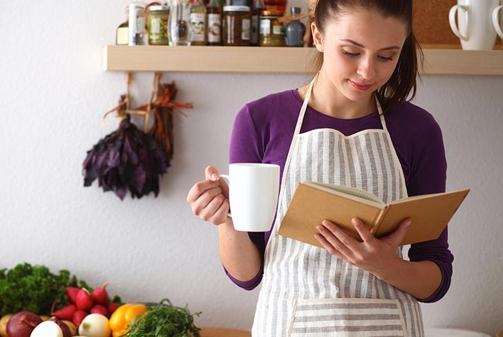 E-news-Apr12-Woman with cookbook
