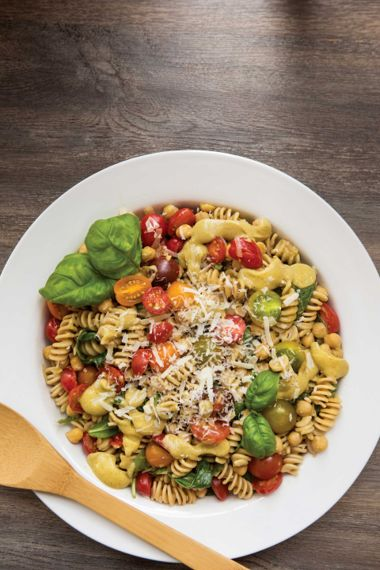 Chickpea-Spinach Pasta with Creamy Avocado Sauce