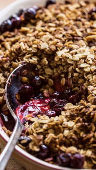Tarragon Berry Slump with Anise Oat Crumble