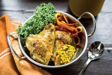 Chicken with Fruity Curry Sauce