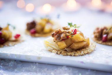 Herbed Walnuts, Gouda, and Balsamic Apple Chutney Bites