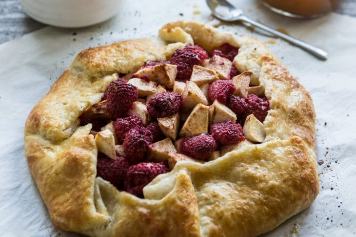 Apple Raspberry Galette with Butter Crust