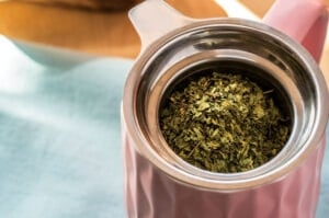 Detox herbs-stinging nettle tea