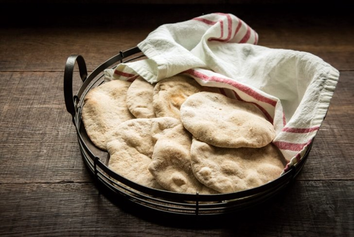 Easy Homemade Whole Grain Pita