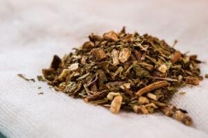 Detox herbs-dandelion tea
