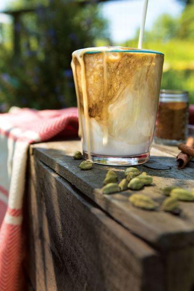 Coconut Milk Iced Thai Coffee Latte