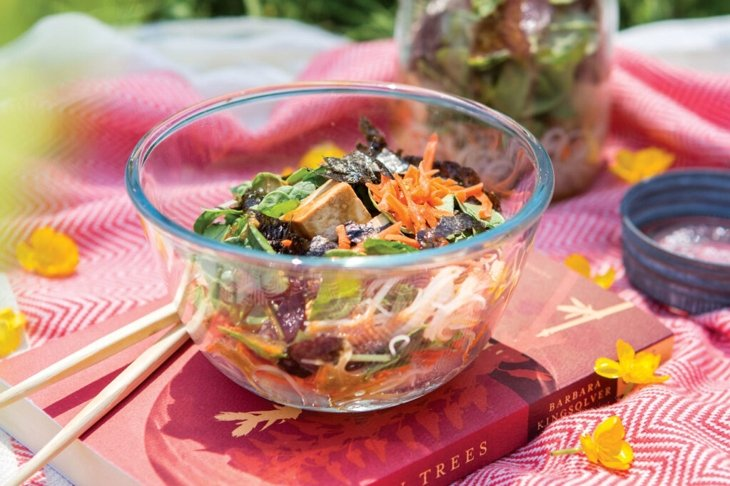 Hoisin-Baked Tofu Ramen Salad