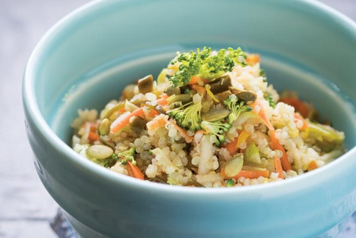 Quinoa Seaweed Broccoli Slaw