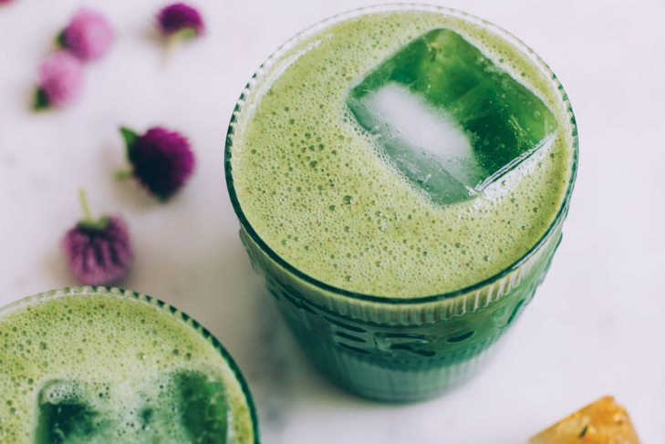 Hot and cold superfood tonics