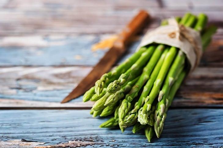Fresh green asparagus. the toning. selective focus