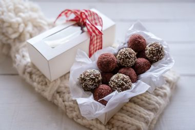 Chocolate Goji Berry Bonbons
