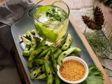 Edamame with Ginger Chili Dipping Sauce