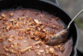 Caramelized Pecan Pudding Cake