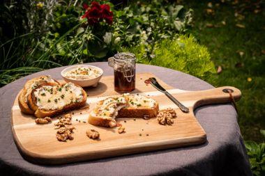 Manuka Honey and Cashew Ricotta Crostini