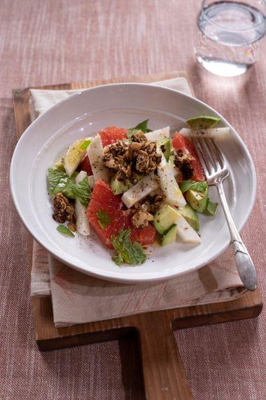Grapefruit, Jicama, and Avocado Breakfast Salad
