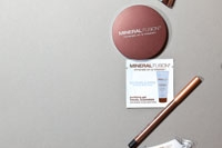 Mineral Fusion Naturally Radiant Kit