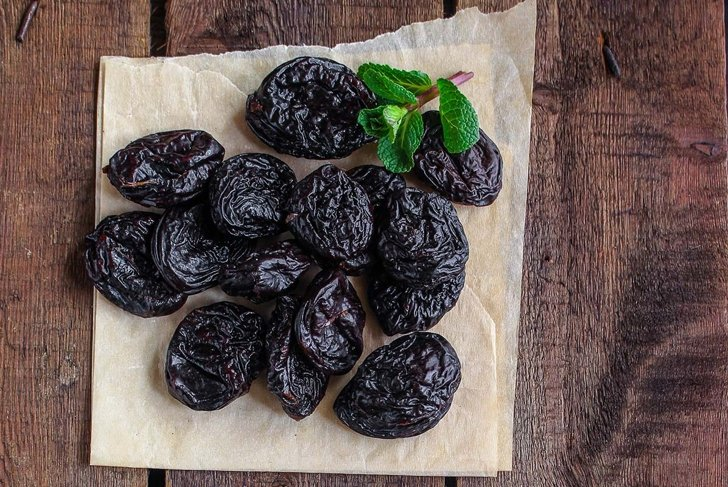 prunes, dried plums (tasty and healthy fruits) desiccated keto or paleo diet